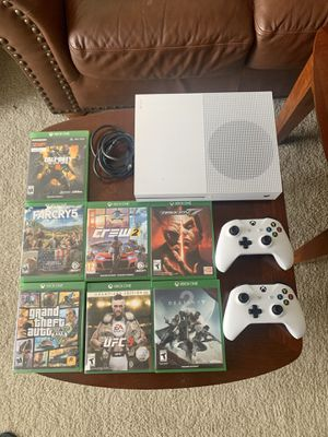 Xbox one S /w 2 Controllers & 7 games for Sale in Portland, OR