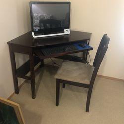 Corner Desk for Sale in Monroe,  WA