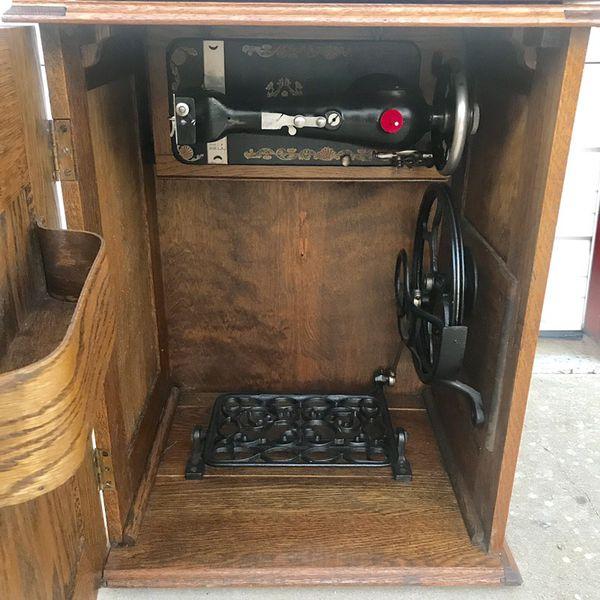 Early 1900 S Minnesota Sears Model H Treadle Sewing Machine