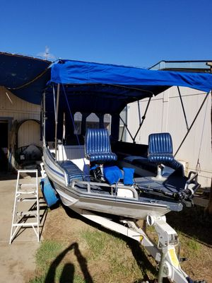 1999 Grumman's deck boat ,fishing for Sale in Laveen Village, AZ