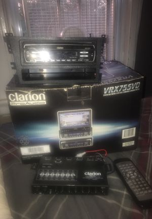 Clarion pro audio brz755vd / clarion eqs 744 for Sale in Bristol, CT