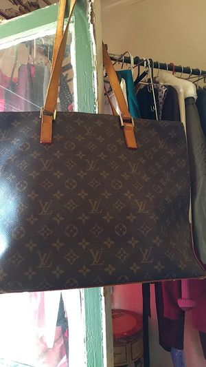 Authentic LV PURSE for Sale in Fresno, CA