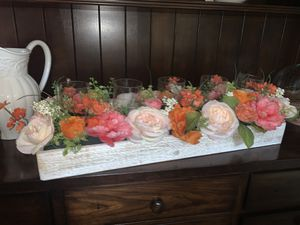 Floral centerpiece for Sale in Henderson, NV