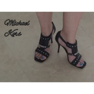 Michael Kors Leather heels for Sale in West Palm Beach, FL