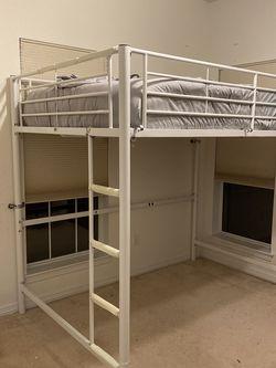 Queen Loft Bed - New for Sale in Georgetown,  TX