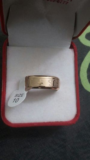 1 pcs popular golden gold plated men ring size 10 for Sale in Moreno Valley, CA