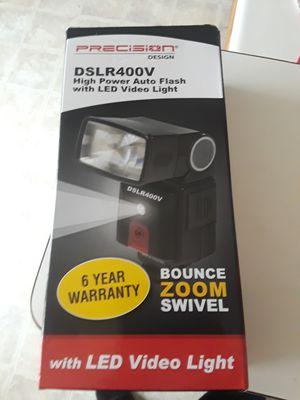 Precision Design DSLR400V High Power Flash with LED Video Light for Sale in Las Vegas, NV