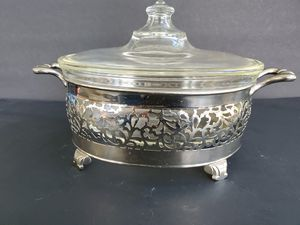 Art Deco Pyrex in Silver Carrier for Sale in Midland, MI