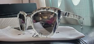Blenders brand barely used sunglasses for Sale in Odessa, TX