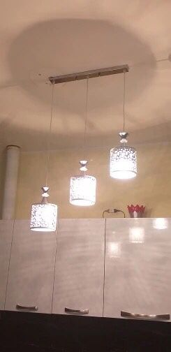 Set of 3 Chandeliers for Sale in Framingham, MA