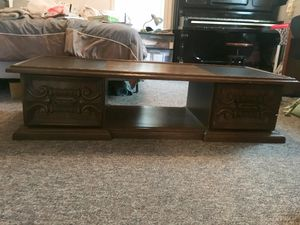 Coffee table for Sale in Atchison, KS