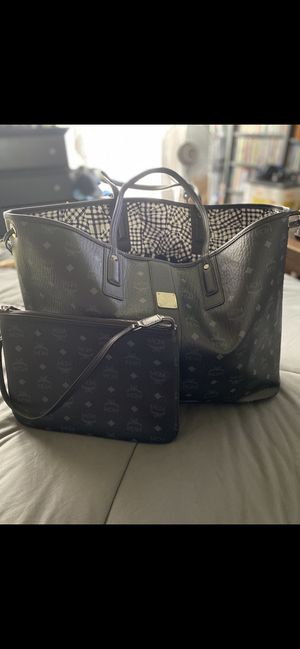 Brand New MCM Liz Reversible Large Tote for Sale in San Francisco, CA