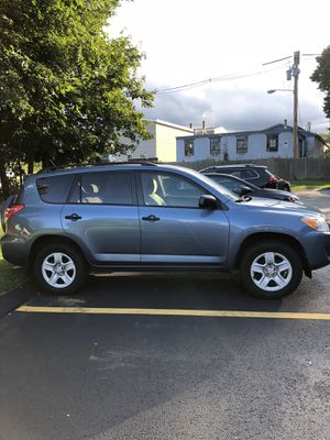 Toyota Rav4 2011 4x4 AWD SUV for Sale in Hudson, MA