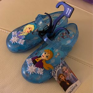 Shoes Frozen II Size 11 for Sale in Miami, FL