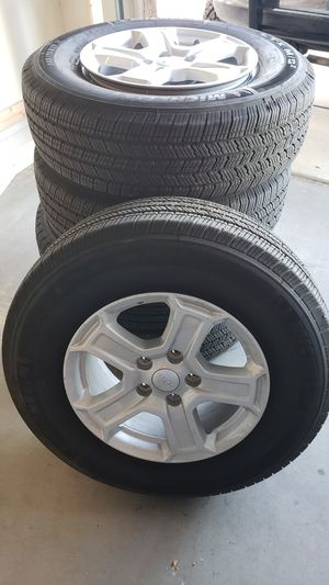 245/75/17 Michelin LTX M/S2 for Sale in Buckeye, AZ