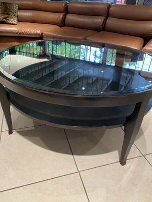 Round Coffee Table for Sale in Hialeah, FL