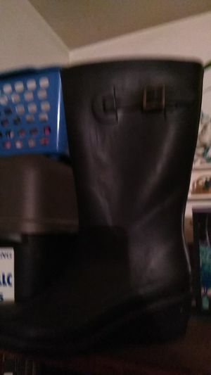 Henry Ford size 8 wedge heeled rain boots for Sale in Buena, NJ