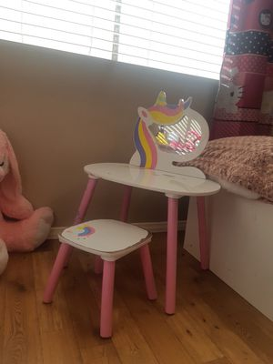 Desk for kids for Sale in Peoria, AZ