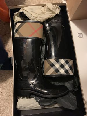 Burberry Black Rain Boots for Sale in Bethesda, MD