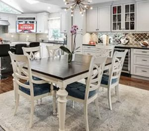 Wooden table and chair set for Sale in Paramus, NJ