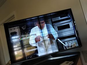 Smart TV Samsung for Sale in UPPER ARLNGTN, OH