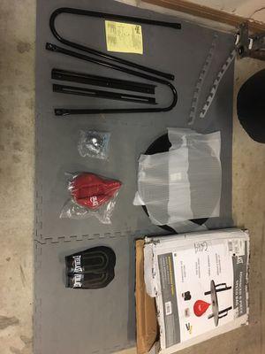 Everlast conplete speed bag set-up w/ speed bag gloves for Sale in Georgetown, TX