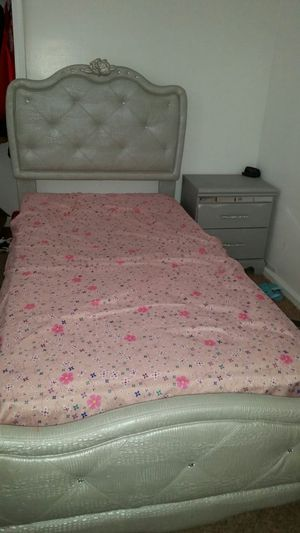 Princess bedroom set for Sale in South Salt Lake, UT