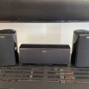 Klipsch HD Theatre Speaker System (Surround) – Black [add pictures of all 4 speakers] Used / Very Good Condition (all working) Includes: - for Sale in Encinitas, CA