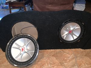 Kicker 12' subwoofer with box, click to see other accessories for Sale in Tampa, FL