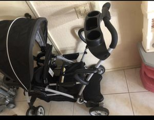 Graco stroller for Sale in Rowland Heights, CA