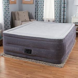 """Intex Comfort Plush Elevated Dura-Beam Airbed with Built-in Electric Pump, Bed Height 22"""", Queen for Sale in Seattle, WA"""