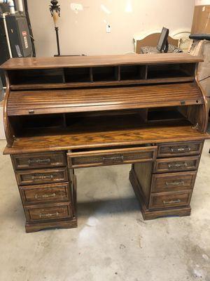 Desk for Sale in Hanford, CA