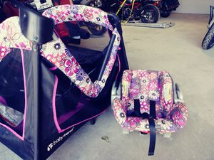💞Matching car seat and play pin!💞 for Sale in Macon, GA