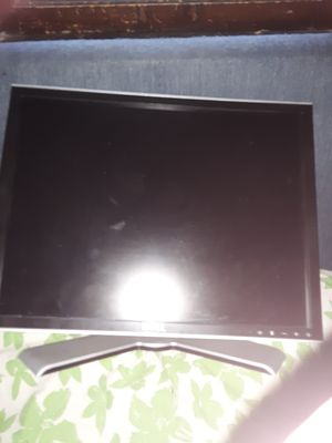 Computer monitor Dell for Sale in Cleveland, OH