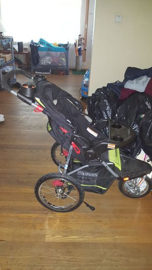 Stroller, baby trend expedition for Sale in Portland, OR
