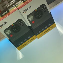 Brand New Sealed Polaroid Combo Box for Sale in Columbus,  OH