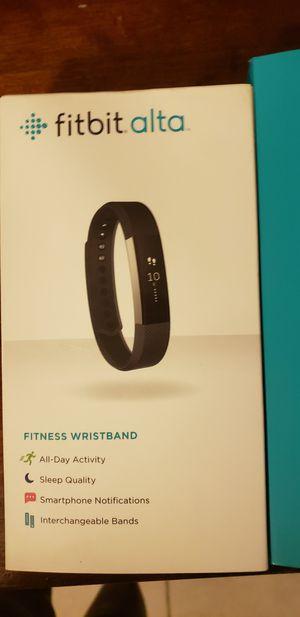 Fitbit alta for Sale in North Miami, FL