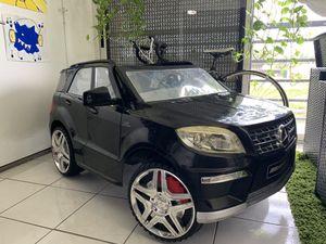 Mercedes Gl63 kid powered ride for Sale in Boca Raton, FL