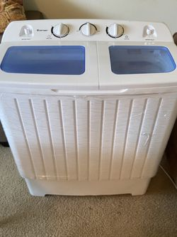 Cost way Portable Washing Machine for Sale in Yelm,  WA