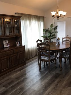 Complete Dining Room Set (Oak) for Sale in Upland,  CA