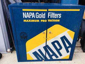 Napa metal cabinet with two shelves for Sale in Vineland, NJ