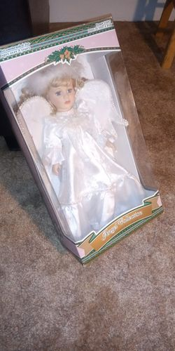 1997 Angel Collection Genuine Porcelain Doll for Sale in Jacksonville,  IL
