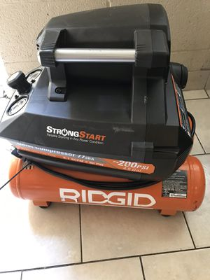 Ridgid air compressor 4.5 gal for Sale in North Las Vegas, NV