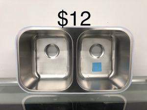 Kitchen sink for Sale in Chicago, IL