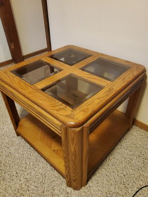 Set of 4 tables (2 end, 1 side, and a Sofa Table) + lamps for Sale in Hilliard, OH