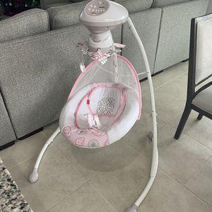 Baby Swing for Sale in St. Cloud, FL