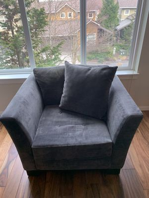 Oversized Chair for Sale in Issaquah, WA
