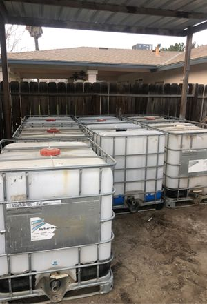 Water tank water tote for Sale in Laton, CA