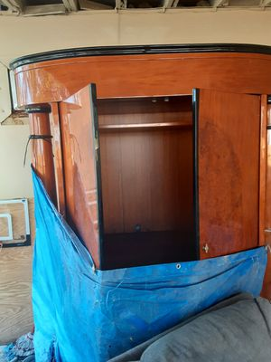 Wooden cabinet entertainment for Sale in Lake Worth, FL
