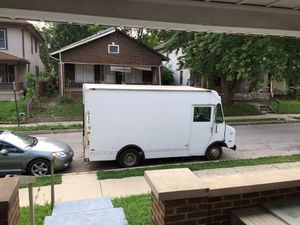 Chevy box truck for Sale in Indianapolis, IN
